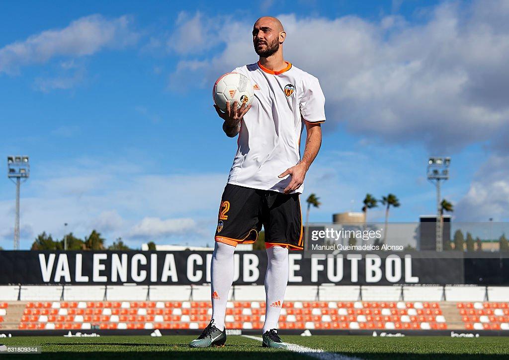 Valencia CF Unveil New Signing Simone Zaza
