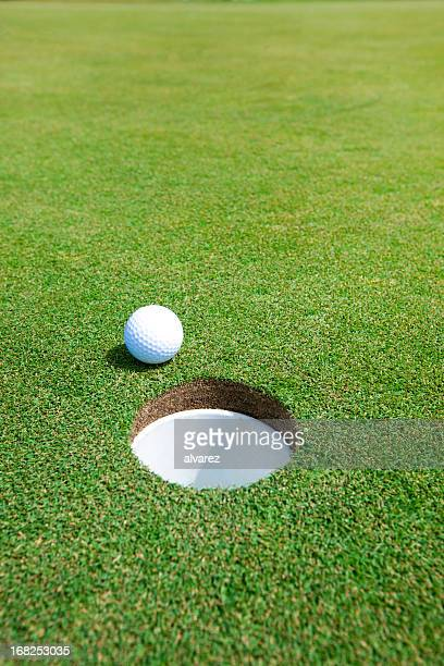 Simple picture of golf ball
