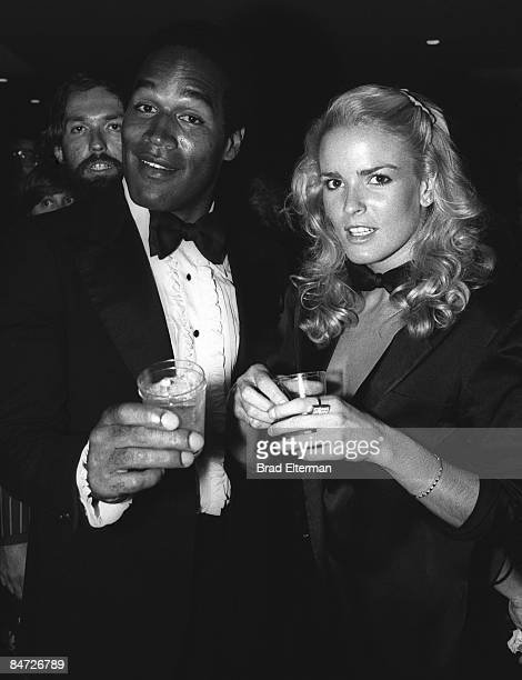 LOS ANGELES JANUARY 01 1977 OJ SImpson and his wife Nicole Brown Simpson at The Daisy nigthclub circa 1977 in Los Angeles California **EXCLUSIVE**