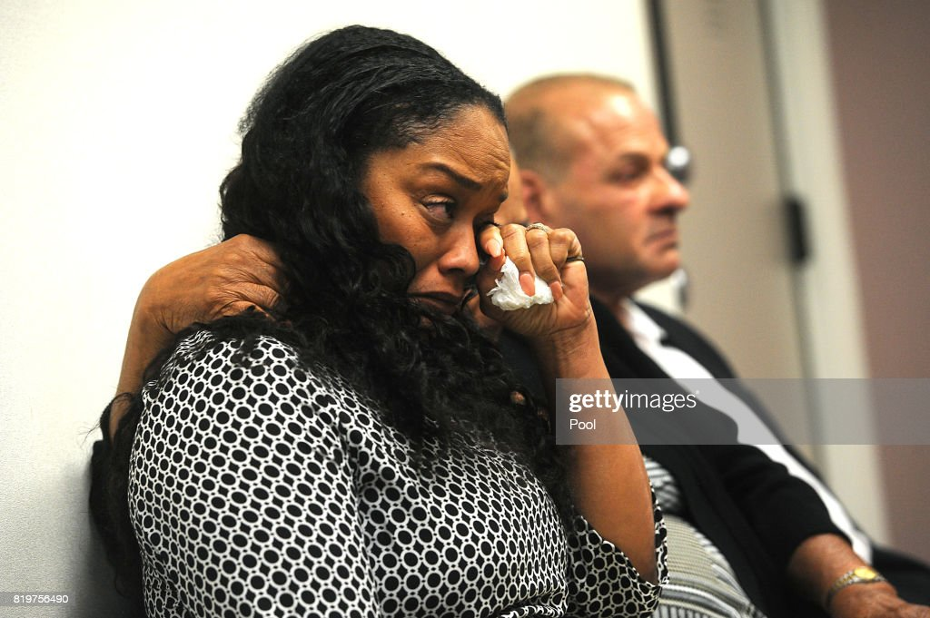 O.J. Simpson's sister Arnelle Simpson reacts during his parole hearing at Lovelock Correctional Center July 20, 2017 in Lovelock, Nevada. Simpson is serving a nine to 33 year prison term for a 2007 armed robbery and kidnapping conviction.