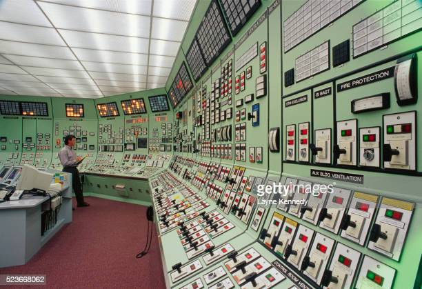 simulator room at prairie island nuclear plant - minnesota stock pictures, royalty-free photos & images