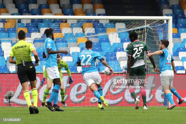 Simy Nwankwo of Crotone scores their side's first goal during the Serie A match between SSC Napoli and FC Crotone at Stadio Diego Armando Maradona on...