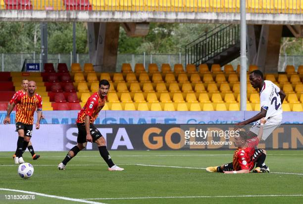 Simy Nwankwo of F.C. Crotone scores their team's first goal during the Serie A match between Benevento Calcio and FC Crotone at Stadio Ciro Vigorito...