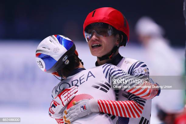 Sin da Woon and Seo Yi Ra of Korea after the Men's 3000m super finals race during day two of ISU World Short Track Championships at Rotterdam Ahoy...
