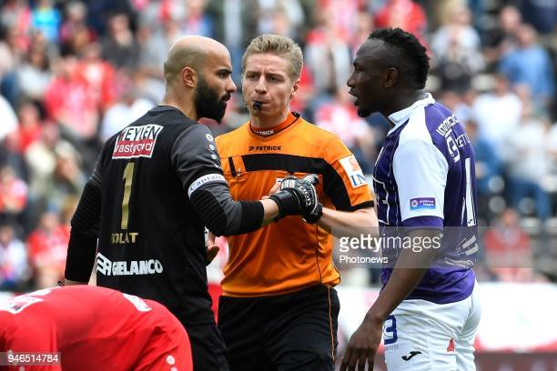 Sinan Bolat goalkeeper of Antwerp FC referee Visser Lawrence Jacques Zoua of Beerschot Wilrijk during the Jupiler Pro League play off 2 match between...