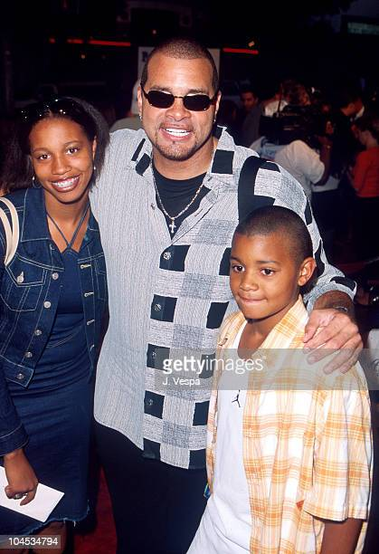 Sinbad & Kids during Bring It On Premiere at Mann Bruin Theatre in Westwood, California, United States.