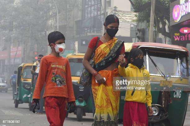Since November 7 2017 New Delhi is plunged into a pollution fog The Indian capital faces ultrafine particle count up to 20 times the maximum rate...