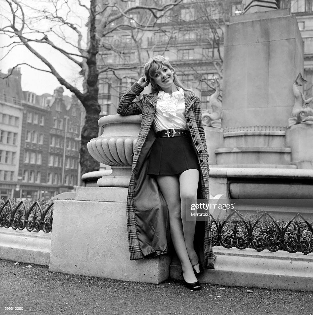 picture Alan Bates (1934?003)