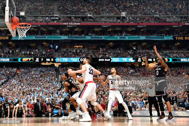 Sindarius Thornwell of the South Carolina Gamecocks misses a foul shot in the final sesconds during the 2017 NCAA Men's Final Four Semifinal against...