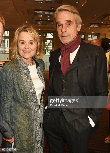 Sinead Cusack and Jeremy Irons pose at his BAFTA A Life In Pictures at BAFTA Piccadilly on September 9 2016 in London England