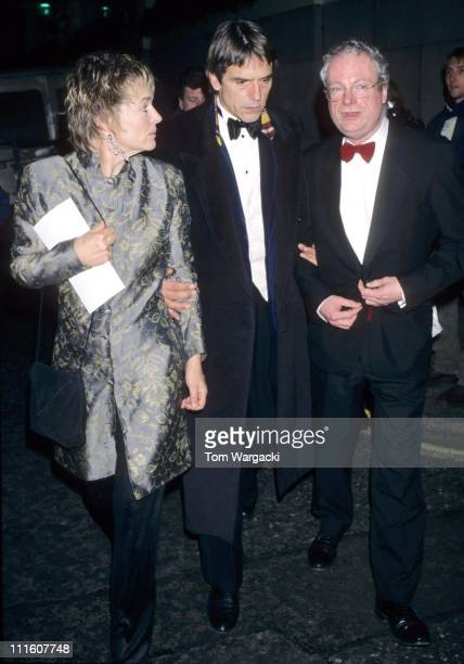 Sinead Cusack with her husband Jeremy Irons and Chris Smith