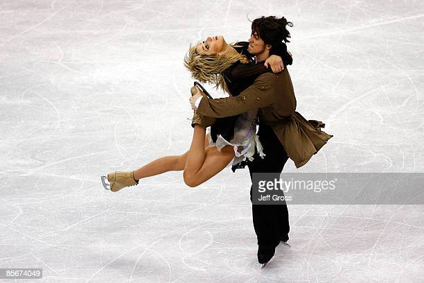 Sinead Kerr and John Kerr of Great Britain compete in the Free Dance during the 2009 ISU World Figure Skating Championships on March 27 2009 at...
