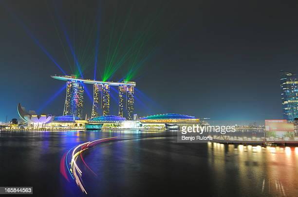 singapore at night - marina bay sands stock-fotos und bilder