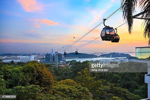 singapore cable car - cable car stock pictures, royalty-free photos & images