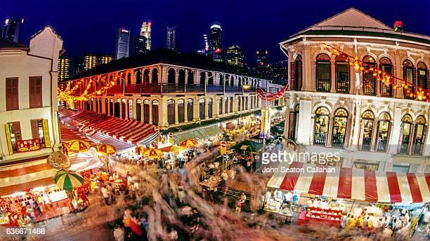 singapore chinatown, food street - シンガポール文化 ストックフォトと画像