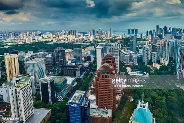 singapore, cityscape and orchad road - orchard road fotografías e imágenes de stock