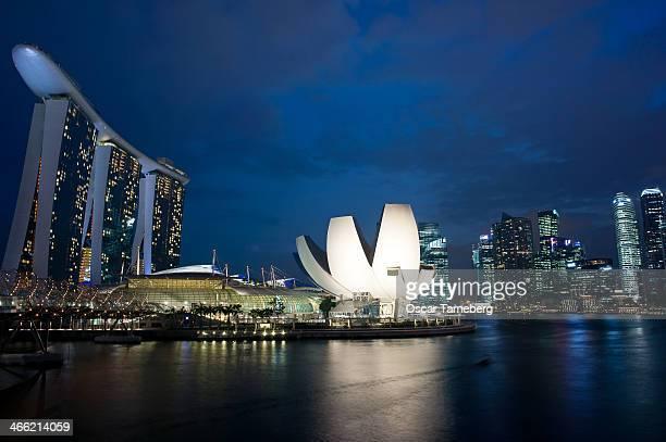 Singapore: Marina Bay at twilight