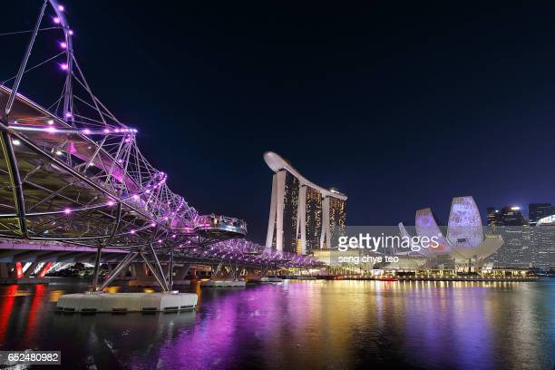 singapore marina bay sands cityscape - marina bay sands skypark stock pictures, royalty-free photos & images