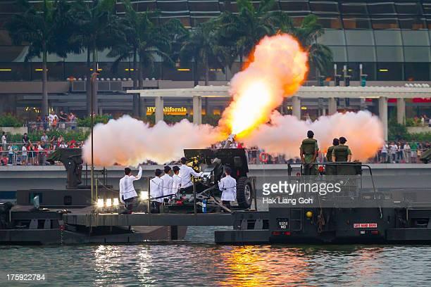 CONTENT] Singapore National Day Parade 2013 at Marina Bay
