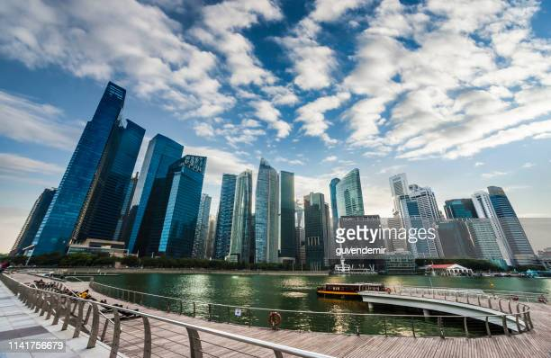 singapore skyline and financial district - singapore cbd stock pictures, royalty-free photos & images