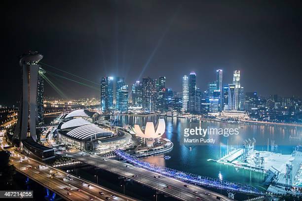 singapore skyline at night - singapore cbd stock pictures, royalty-free photos & images