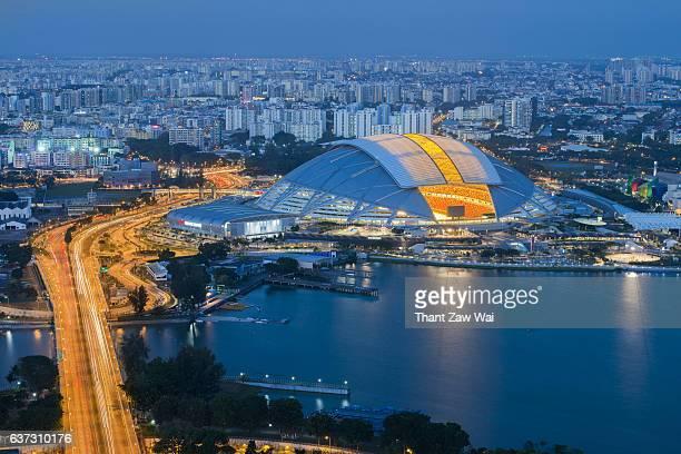 singapore sports hub aerial view - singapore sports hub fotografías e imágenes de stock