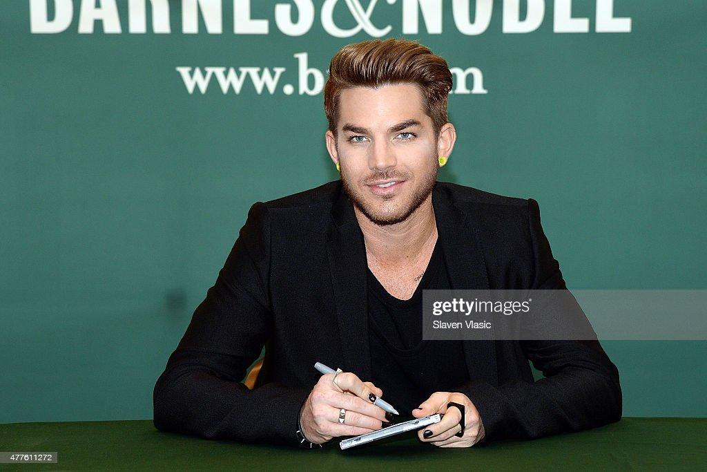 "Adam Lambert Signs Copies Of His CD""The Original High"" : News Photo"