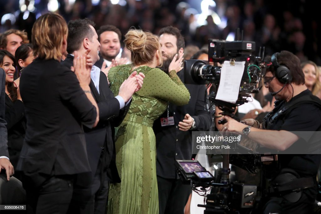 The 59th GRAMMY Awards - Roaming Show : Foto jornalística