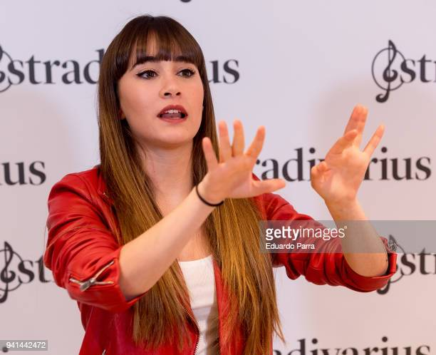 60 Top Singer Aitana Is New Ambassador For Stradivarius Pictures