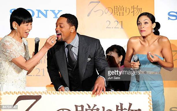 Singer Akiko Wada actor Will Smith and actress Rosario Dawson attend the Seven Pounds Japan Premier at Ebisu Garden Hall on February 9 2009 in Tokyo...