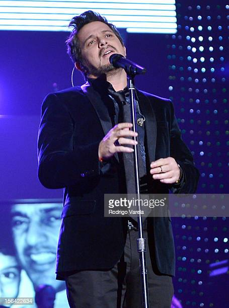 Singer Alejandro Sanz performs onstage during the 2012 Person of the Year honoring Caetano Veloso at the MGM Grand Garden Arena on November 14 2012...