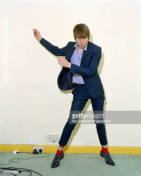 Singer Alex Kapranos of Franz Ferdinand poses for Madame Figaro in Glasgow Scotland in 2006 Published image Figaro ID 069752003 Suit by Dormeuil...