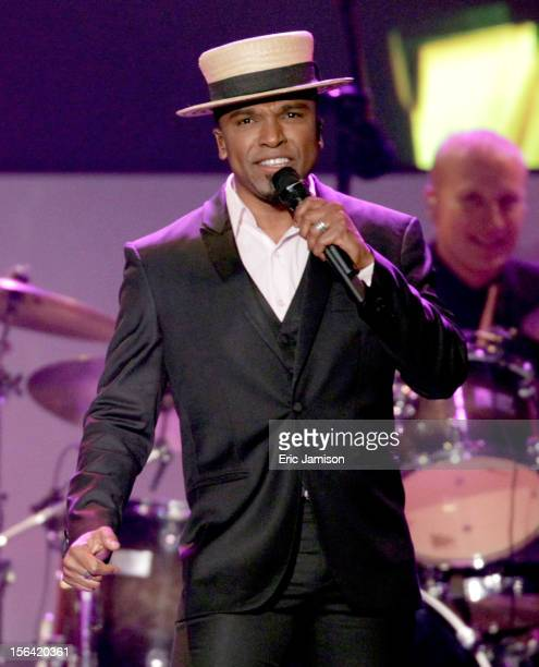Singer Alexandre Pires performs onstage during the 2012 Latin Recording Academy Person Of The Year honoring Caetano Veloso at the MGM Grand Garden...