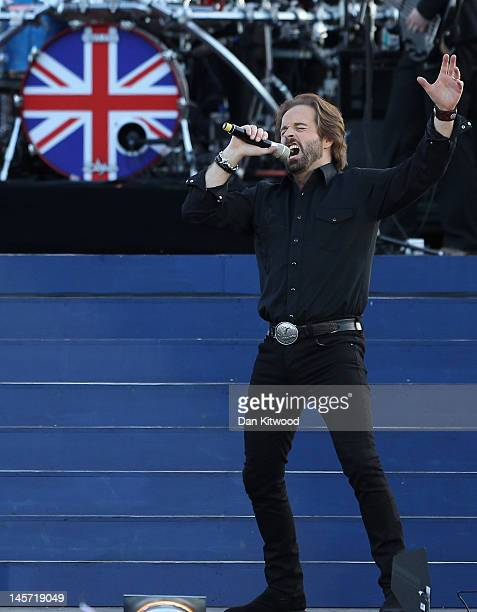 Singer Alfie Boe performs on stage during the Diamond Jubilee concert at Buckingham Palace on June 4 2012 in London England For only the second time...
