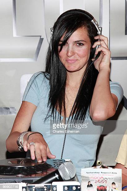Singer Ali Lohan announces the Blackberry Brick Breaker Contest at 102 Fulton Street on July 30 2009 in New York City