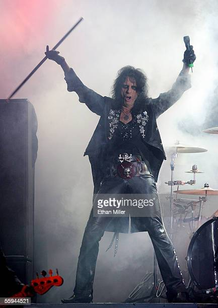 Singer Alice Cooper performs during a sold out show at the Joint inside the Hard Rock Hotel Casino October 17 2005 in Las Vegas Nevada The legendary...