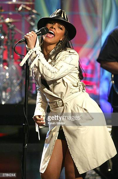 Singer Alicia Keys appears on The Tonight Show with Jay Leno held on December 4 2003 at the NBC Studios in Burbank California Keys will also appear...