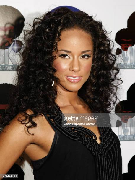 Singer Alicia Keys arrives to perform all new music from 'As I Am' at exclusive LA performance at Bellavardo Studio on November 17 2007 in Los...