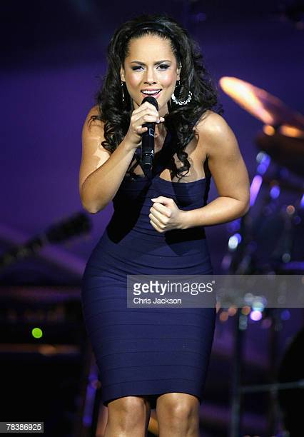 Singer Alicia Keys performs during the Nobel Peace Prize Concert at Oslo Spektrum on December 11 2007 in Oslo Norway The concert is designed to...