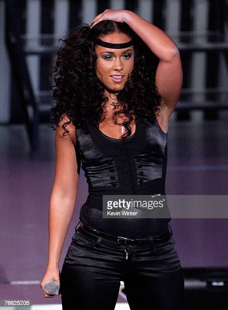 Singer Alicia Keys performs on stage during the 2007 MTV Video Music Awards held at The Palms Hotel and Casino on September 9 2007 in Las Vegas Nevada