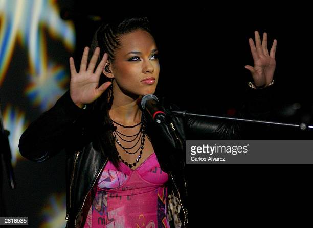 25 Alicia Keys Presents Her Album The Diary Of Alicia Keys Pictures