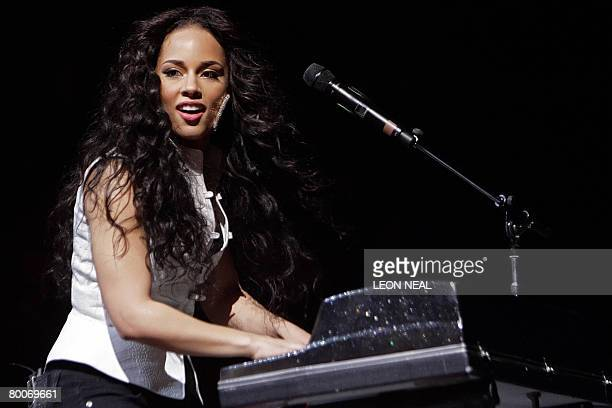 US singer Alicia Keys performs onstage at the o2 venue in London February 29 2008 A performance at the Manchester Evening News Arena on February 26...
