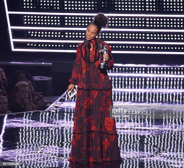 Singer Alicia Keys performs onstage during the 2016 MTV Video Music Awards at Madison Square Garden on August 28 2016 in New York City