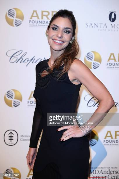 Singer Aline Muniz attends the Alcides Rosaura Foundations' 'A Brazilian Night' to Benefit Memorial Sloan Kettering Cancer Center at Cipriani 42nd...