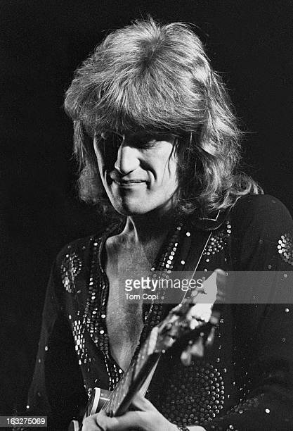 Singer Alvin Lee of the band 'Ten Years After' performs onstage in 1969 in New York New York