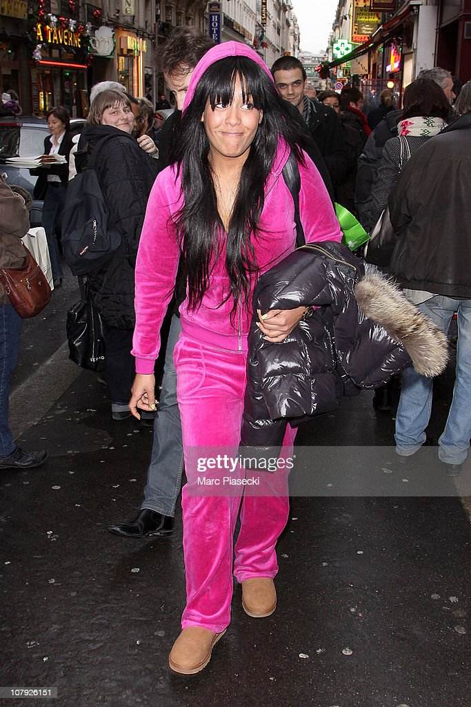 Celebrity Sightings in Paris - January 7th : News Photo
