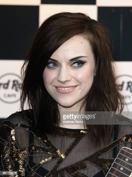 Singer Amy Macdonald attends the Hard Rock Cafe Berlin reopening on April 28 2010 in Berlin Germany