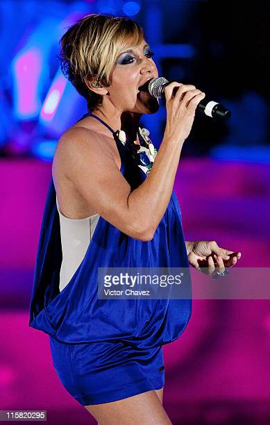 Singer Ana Torroja performs during the Cancun Moda Nextel 2009 at the Le Blanc Hotel on November 21 2009 in Cancun Mexico