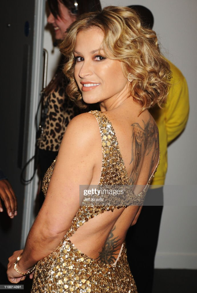 Singer Anastacia arrives for the 2008 MTV Europe Music Awards held at at the Echo Arena on November 6, 2008 in Liverpool, England.