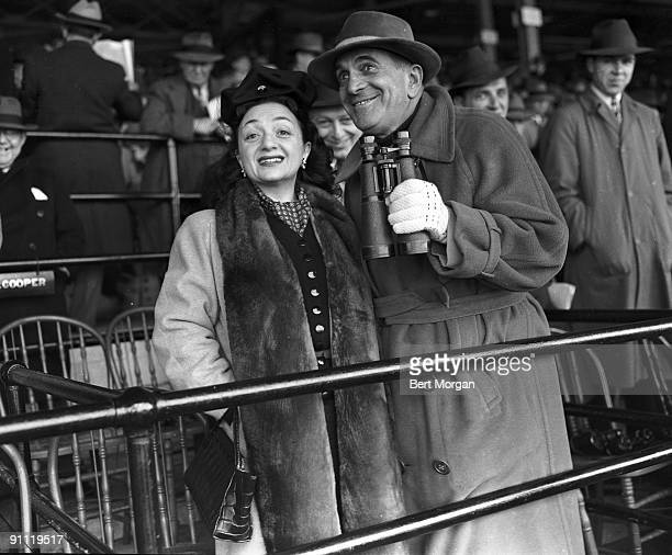 Singer and actor Al Jolson and Yiddish star Molly Picon at Belmont Park Race Track in New York 1940
